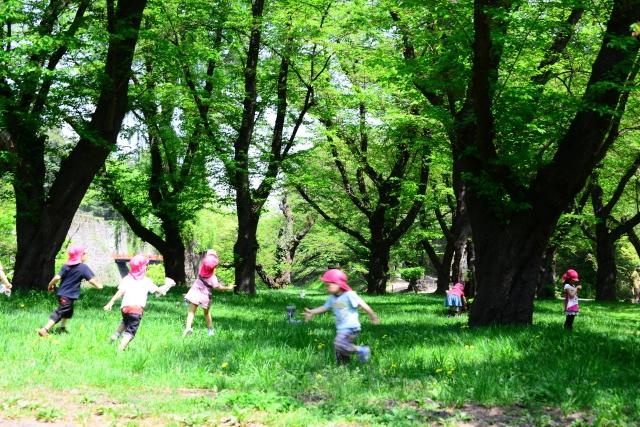 子供に爪水虫(爪白癬)を指摘された公園